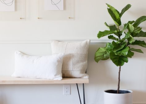 4 Tips for Decorating Your Entryway