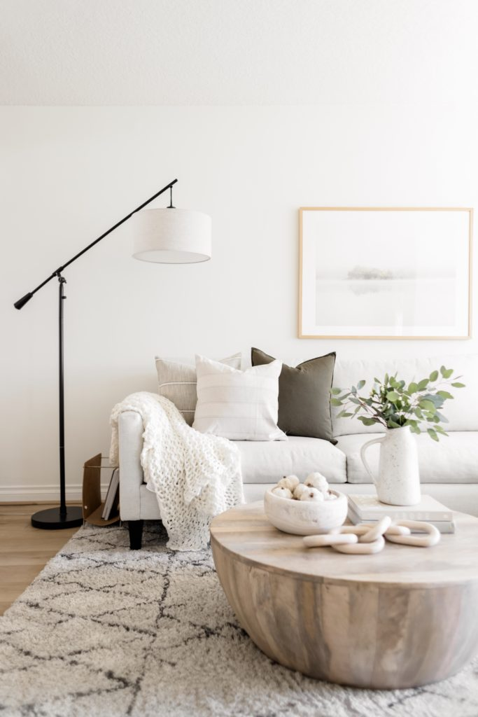 Pillow Combinations For Every Couch Color Halfway Wholeistic