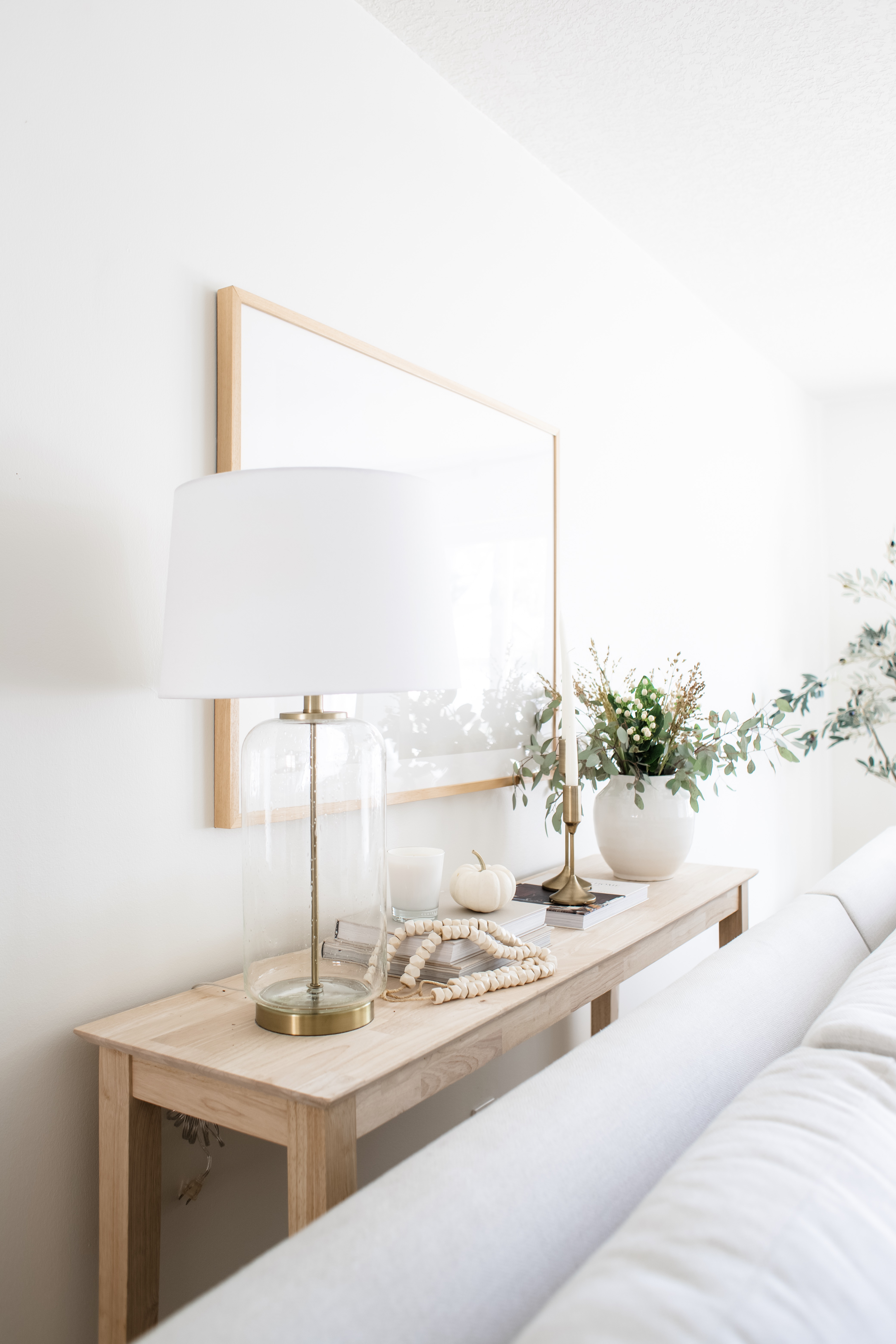 When To Use A Sofa Table 24 Options Choose From